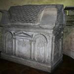 Sarcofago paleocristiano del sec. III d.C. e l'Urna di Sant'Aquilino